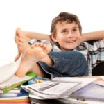 Какие задачи в воспитании ребёнка решает школа?