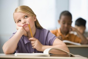 Развитие ребенка: как бороться с неусидчивостью у детей?